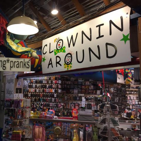 Clownin' Around Magic | Granville Island